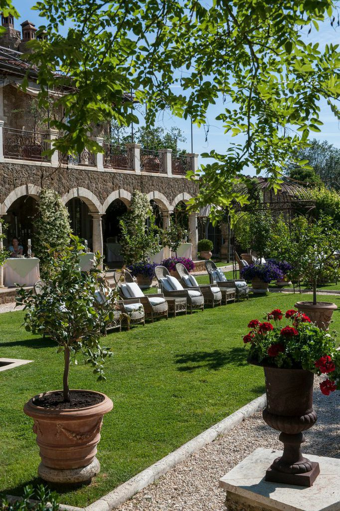 Where To Stay In Tuscany Borgo Santo Pietro Eating Covent Garden